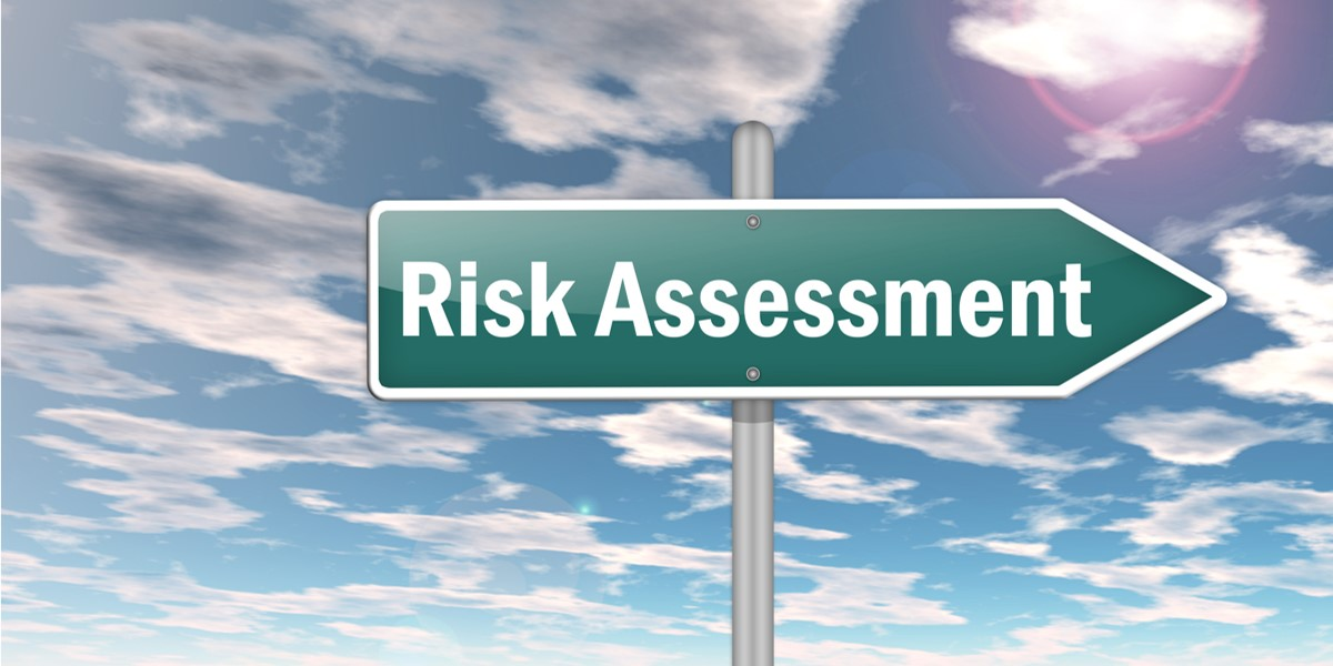 Applying Lessons Learned to Risk Assessment in Learning Projects